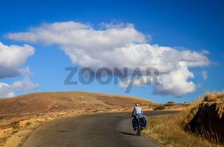 Towards the horizon