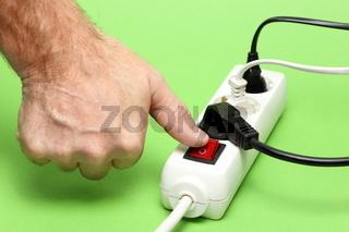 Stromverbraucher einschalten
