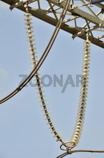 Isolatoren einer 380 kV Hochspannungsleitung, STEAG EVONIK Kohlekraftwerk Walsum, Duisburg, Ruhrgebiet, Nordrhein-Westfalen, Deutschland, Europa
