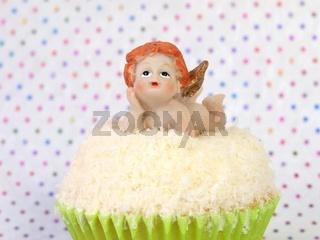 Engel auf Cupcake