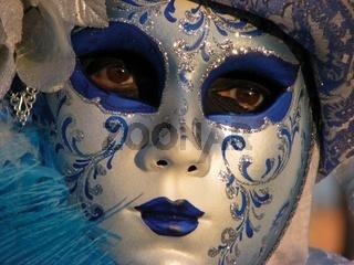 Maske blau-mask blue