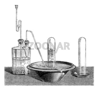 Preparation of nitrogen dioxide, vintage engraving.