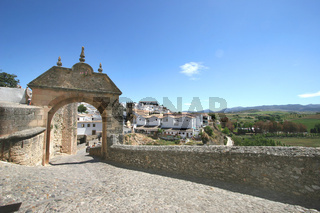 Spanien, Andalusien, Ronda, Blick in die Neue Stadt / Spain, Andalusia, Ronda, look at the new part of town