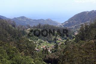 Blick auf die Talebene von Faial im Norden von Madeira