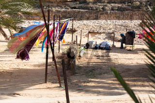 Men Prayants, Tunisia