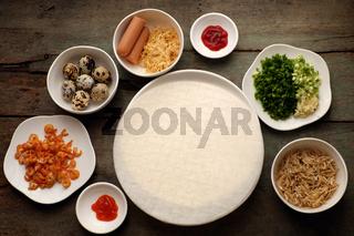 Vietnamese street food, baked girdle cake