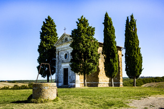 Cappella di Vitaleta in Tuscany