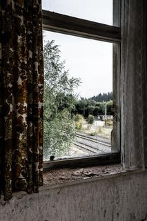 Des Bahnhof Wärters Fenster