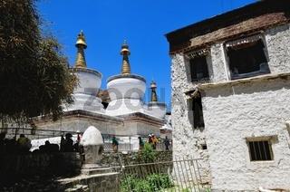 Stupa  Kloster Tashilhunpo Shigatse Tibet