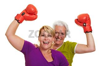 Jubelnde boxende Frauen