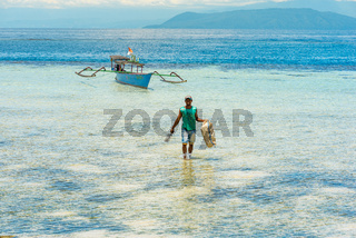 Tauchausflug zur Insel Taupan der Togian Inseln in Sulawesi