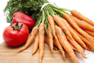 Karotten mit Tomate und Paprika