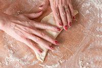 Preparation of italian fresh raw pizza