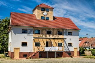 kyritz, deutschland - 03.06.2020 - altes speicherhaus