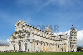 Cathedral an leaning tower in pisa