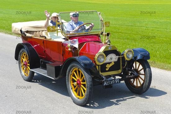 oldtimer car Buick