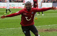 Didier Ya Konan after his goal for Hannover 96