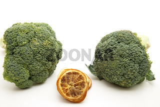 Brokkoli frisch und Zitrone