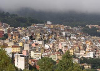 Nebel über Jerzu, Sardinien