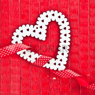 Roter Hintergrund mit Herz