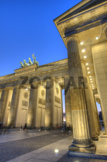 Brandenburger Tor bei Nacht in Berlin