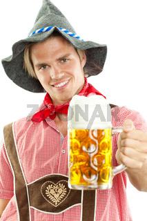 traditioneller bayrischer mann