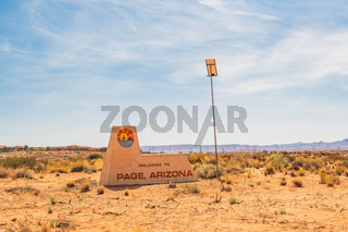 An entrance road going in Page, Arizona