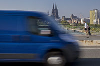 Traffic on the Zoo bridge with cathedral in the background, Cologne, Germany, Europe