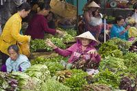 Market-scene,vegetablevendors,Phu,Quoc,Vietnam,Asi