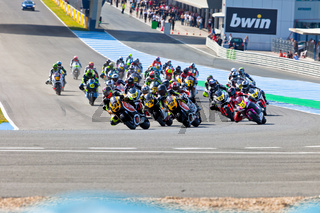 Begin of the race of Moto2 of the CEV Championship