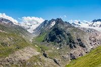 Langtalereckhütte and Langtaler Ferner (left), Gurgler Ferner on the right, Ötztal, Tyrol, Austria