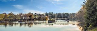 Rheinau mit Rheinbrücke und Bergkirche, Schweiz