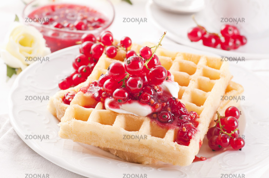 WAffle with redcurrant jelly and mascarpone