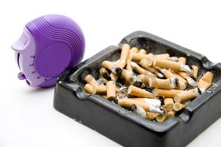 Inhaler mit Aschenbecher