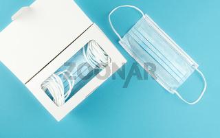 medical face masks in dispenser box