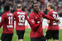 Dame Diouf after his goal for Hannover 96