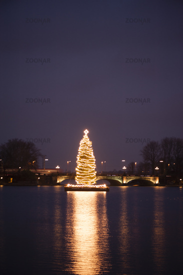 Christmas tree on the Alster