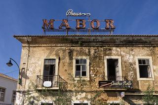 Verfallenes Hotel in Portimao