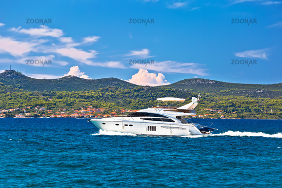 Yachtig at turquoise sea of Zadar archipelago view
