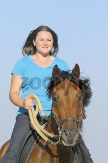 Reiterin auf Paso Fino