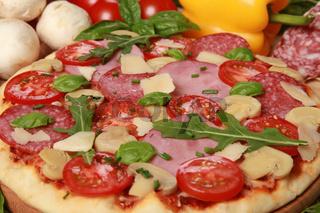 Zutaten für Pizza Speciale