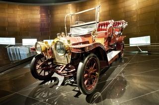 Benz Doppelphaeton im Mercedes Benz Museum Stuttgart