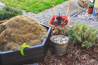 Gardening - composter