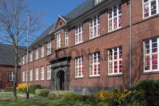 grundschule in hitdorf