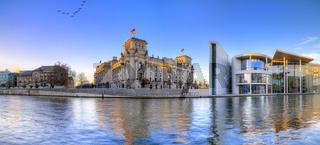 Berliner Reichstag als Panoramafoto