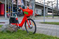 Red e-bike to borrow