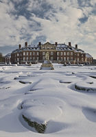 Snow-covered Venus island with Nordkirchen Castle in winter, Nordkirchen, Germany, Europe