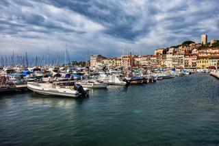 Port Le Vieux in Cannes