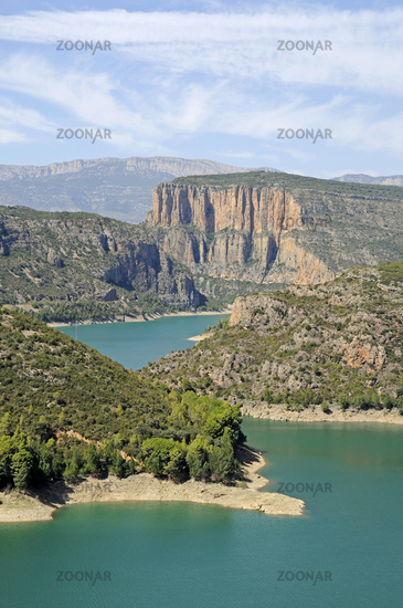 Panta de Camarasa reservoir, Noguera Pallaresa River, Tremp, Lleida , Catalonia, Spain, Europe