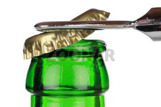 Öffnen einer Bierflasche